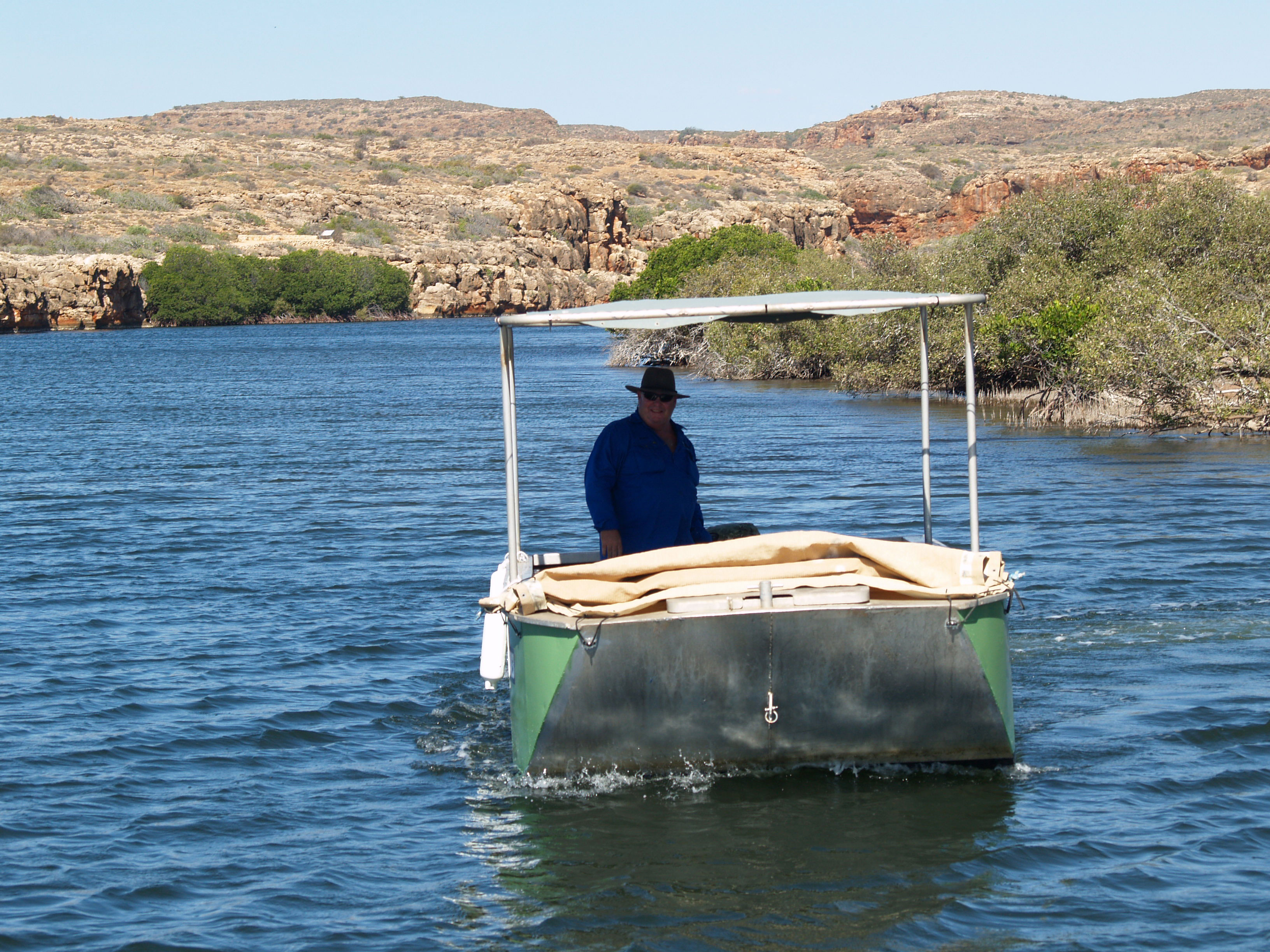 Ningaloo Safari Tours Boat